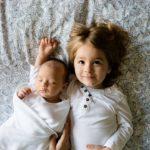 友達の赤ちゃんに会いにいく時のプレゼントと守るべき訪問時間の配慮とは?